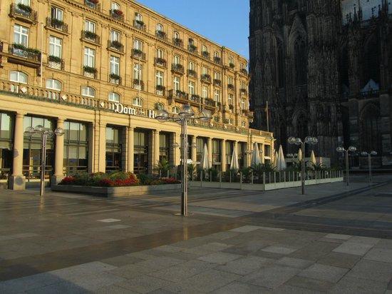 Dom-Hotel Köln: Отель