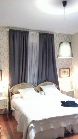 Hotel Casona Del Sella: habitacion