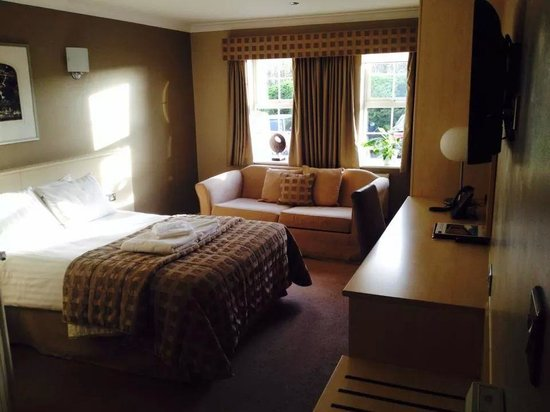 The Avenue Hotel at Brockhall : Our stunning room!