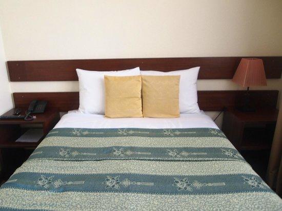 Las Torres de Ugarte: Comfortable bed