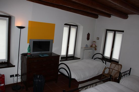 Bed and Breakfast Lonardi: camera primo piano