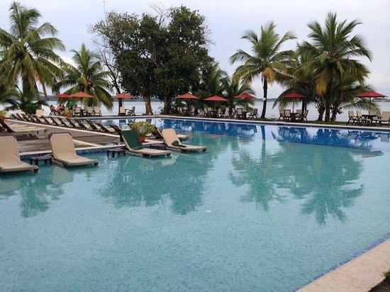 Playa Tortuga Hotel & Beach Resort: Uma das piscinas