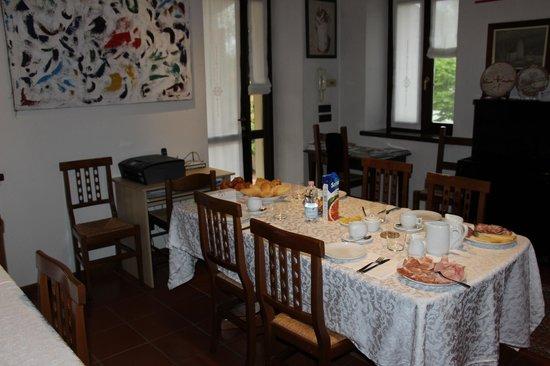 Bed and Breakfast Lonardi: sala da pranzo