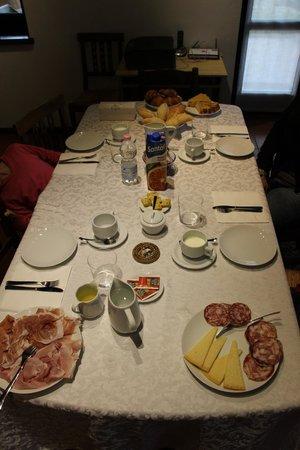Bed and Breakfast Lonardi: colazione