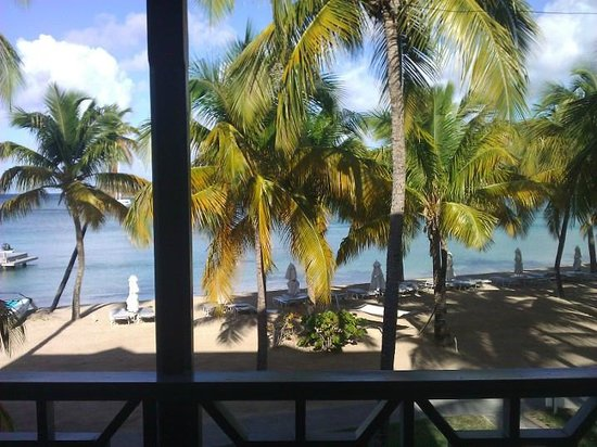 Carlisle Bay Antigua : Draw back the curtains and BOOM!