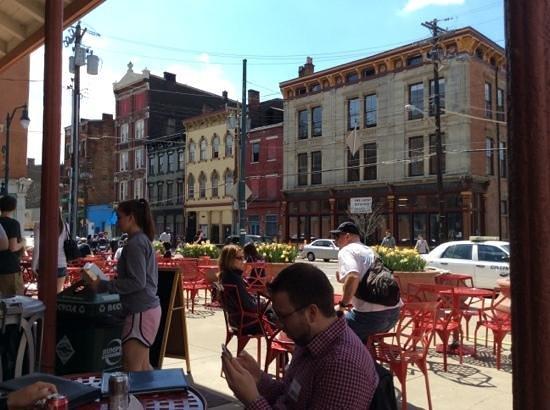 Findlay Market: plenty of seating to dine al fresco