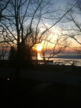 Little Harbor Inn: Sunset