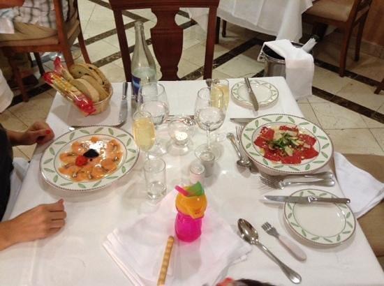 Gran Castillo Tagoro Family & Fun Playa Blanca : cena en restaurant italiano