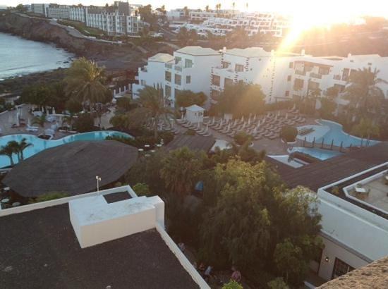 Gran Castillo Tagoro Family & Fun Playa Blanca : vista desde el castillo
