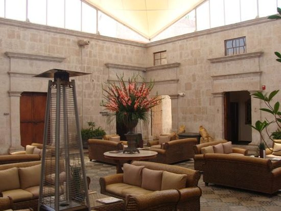 Casa Andina Premium Arequipa: Court Yard