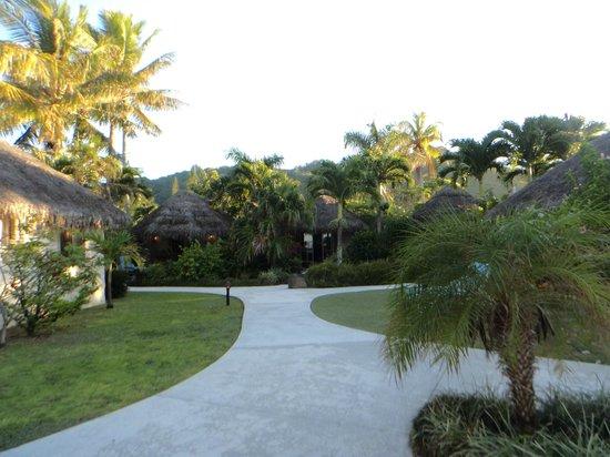 Royale Takitumu: Resort grounds
