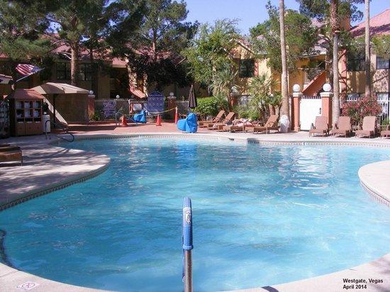 Westgate Flamingo Bay Resort : Pool Area