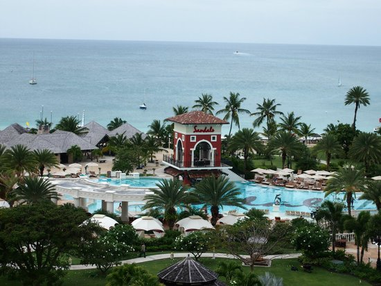Sandals Grande Antigua Resort & Spa : a view from the top of the med hotel