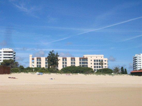 Pestana Dom Joao II: View of Hotel from beach