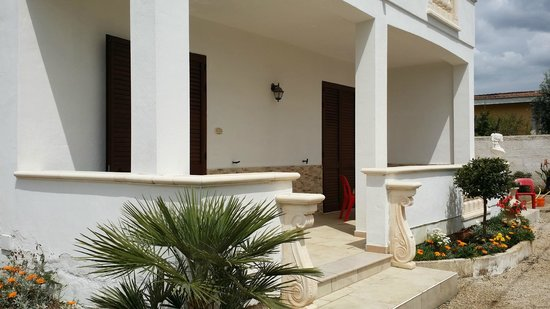 Villa Salentina: veranda appartamento scirocco