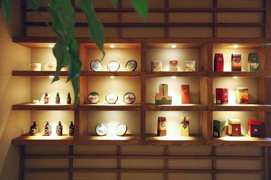 Coffee Mandalay interior