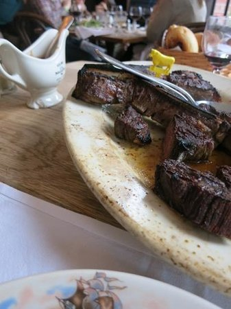 Peter Luger Steak House : chipped saucer delicious steak