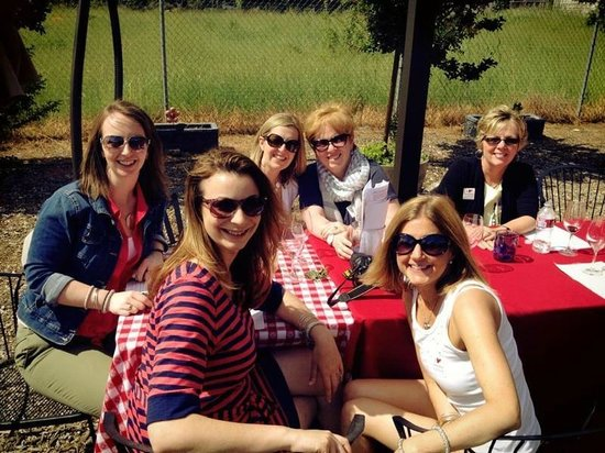 Sonoma Valley Wine Trolley: Lunch at Benzinger
