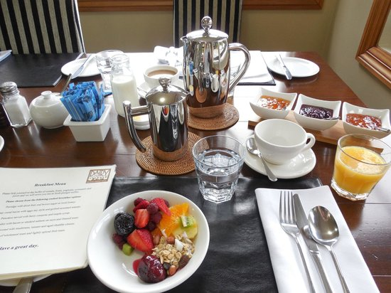 The Dairy Private Hotel: Cold breakfast