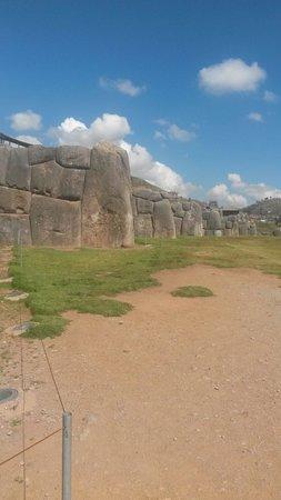 Sacsayhuamán: The lightening bolt