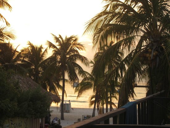 Cabanas Maria Del Mar: view of sunset from balcony