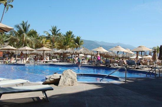 Villa del Palmar Beach Resort & Spa: One of two pools