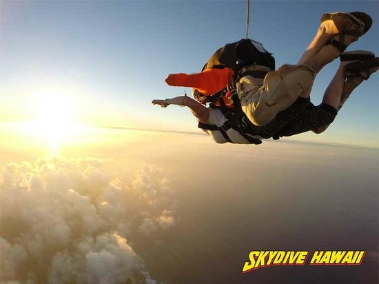 ‪Skydive Hawaii‬