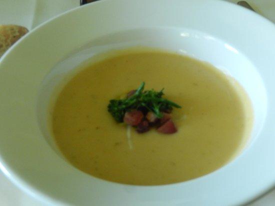 The Dining Room Restaurant - Butchart Gardens: Potato Cheddar Soup