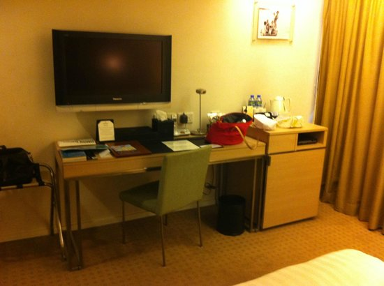 The Fleming, Hong Kong: Desk with full stationery and minibar, Flatscreen TV