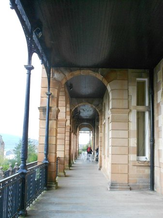 The Glenburn Hotel Ltd: we stood here to look to the left for the views