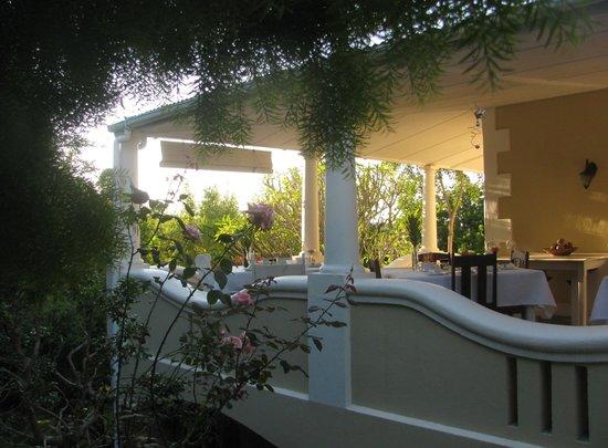Braeside Guest House: Breakfast veranda