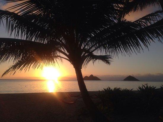 Sunrise at Lanikai Beach, Oahu. Stunning.