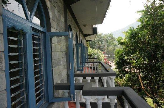 Sacred Valley Inn Pokhara: My room balcony