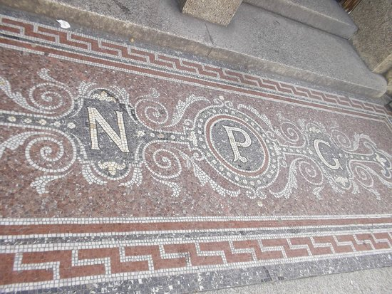 National Portrait Gallery: piso da entrada