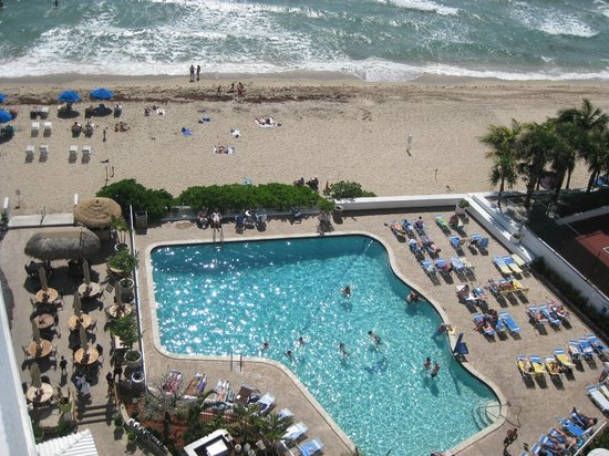 View From Room Balcony Picture Of Ocean Manor Beach Resort Hotel Fort Lauderdale Tripadvisor