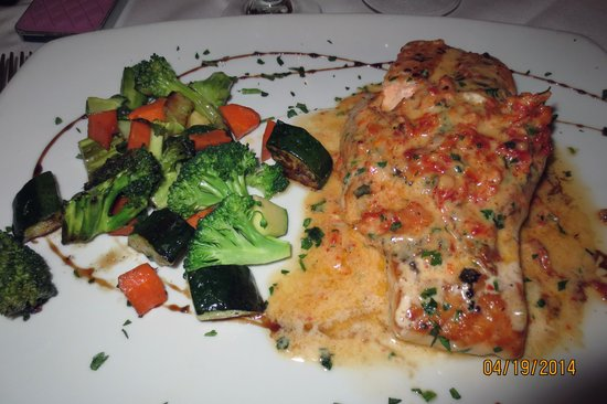 Aliotta's Via Firenze: Crab stuffed salmon
