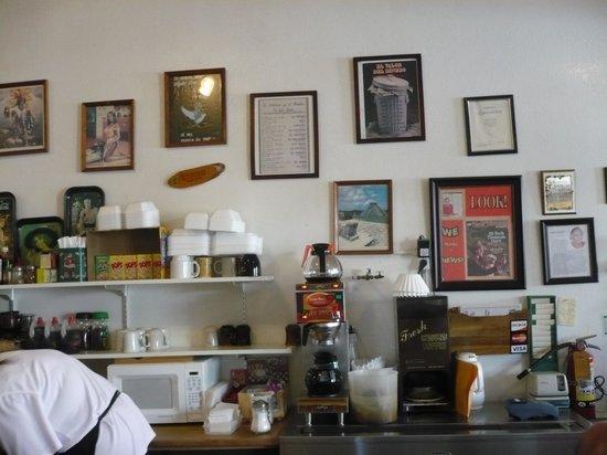 Nancy's Silver Cafe : Inside