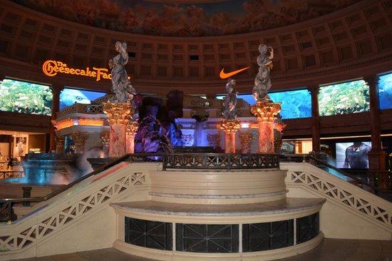 Caesars Palace: Forum Shop