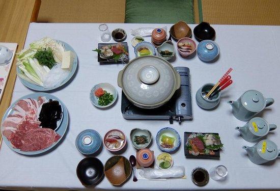 Seikoso: しゃぶしゃぶセットの夕食です。