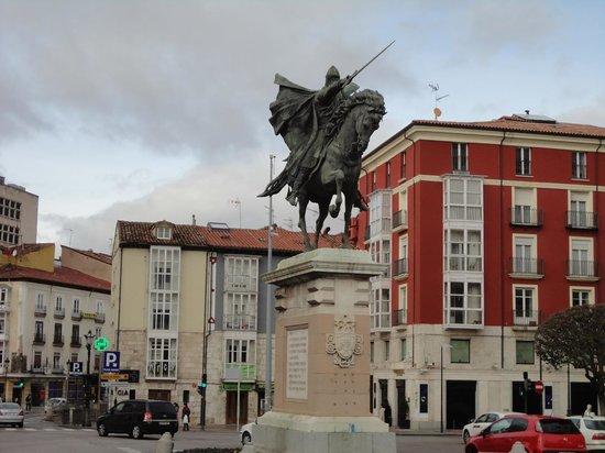Plaza del Mio Cid: El Cid
