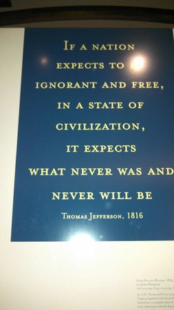 Jefferson Memorial: Quote from the basement of the memorial.