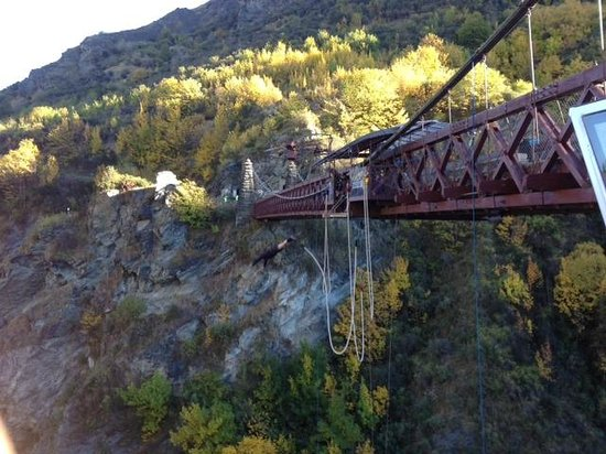 AJ Hackett Bungy New Zealand: The pressure was on me not to hesitate now.