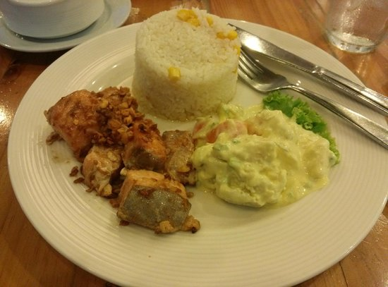 Conti's Bakeshop and Restaurant, Trinoma: Panfried salmon belly with scrambled eggs and buttered rice with corn.