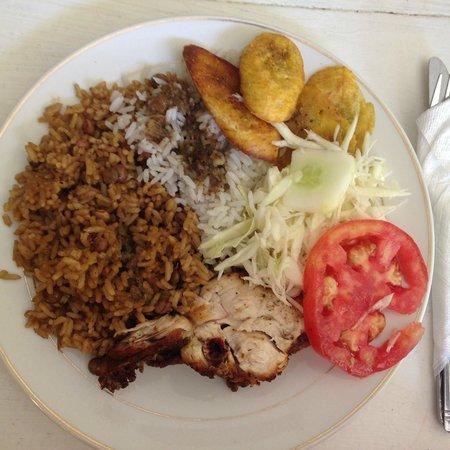 Casa Marina Beach & Reef: Dominican meal served at the Damajagua Falls tours