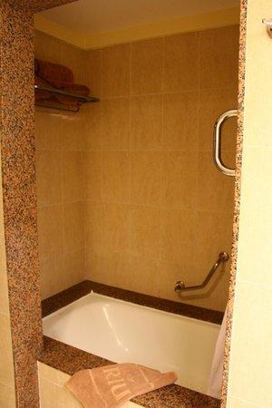 Hotel Riu Guanacaste: Bathroom