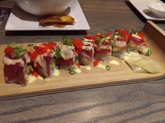 CO Sushi : hawaiin rolls