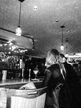 Russian Vodka Room: Main bar