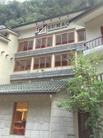 SUMAQ Machu Picchu Hotel : Front of hotel