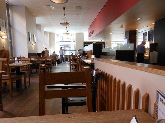 Hotell Bondeheimen: 朝食ブッフェのレストラン