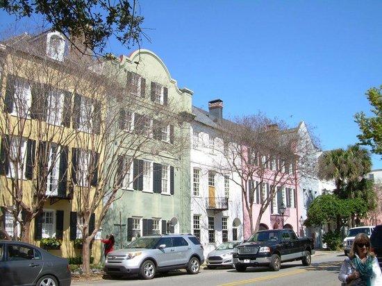 Charleston Footprints Walking Tours: Rainbow Row